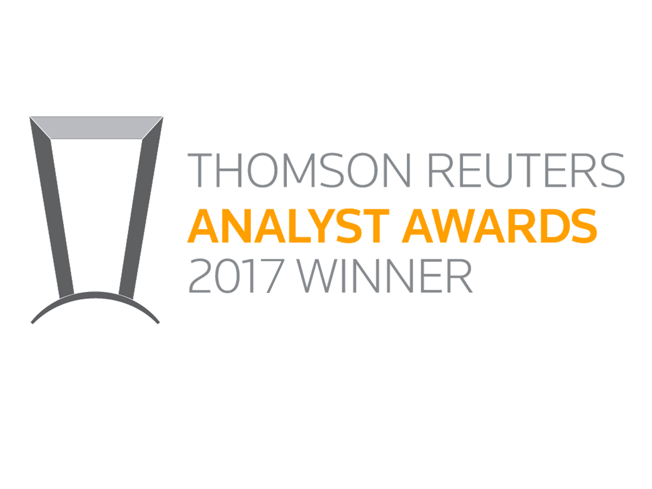 Alumni win the 2017 Latin America Thomson Reuters Analyst Awards